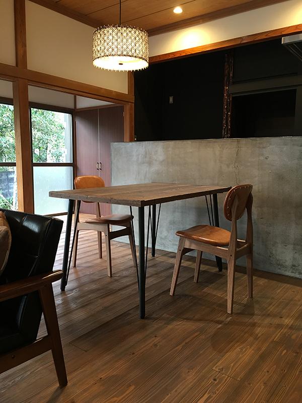 ikpテーブルと椅子